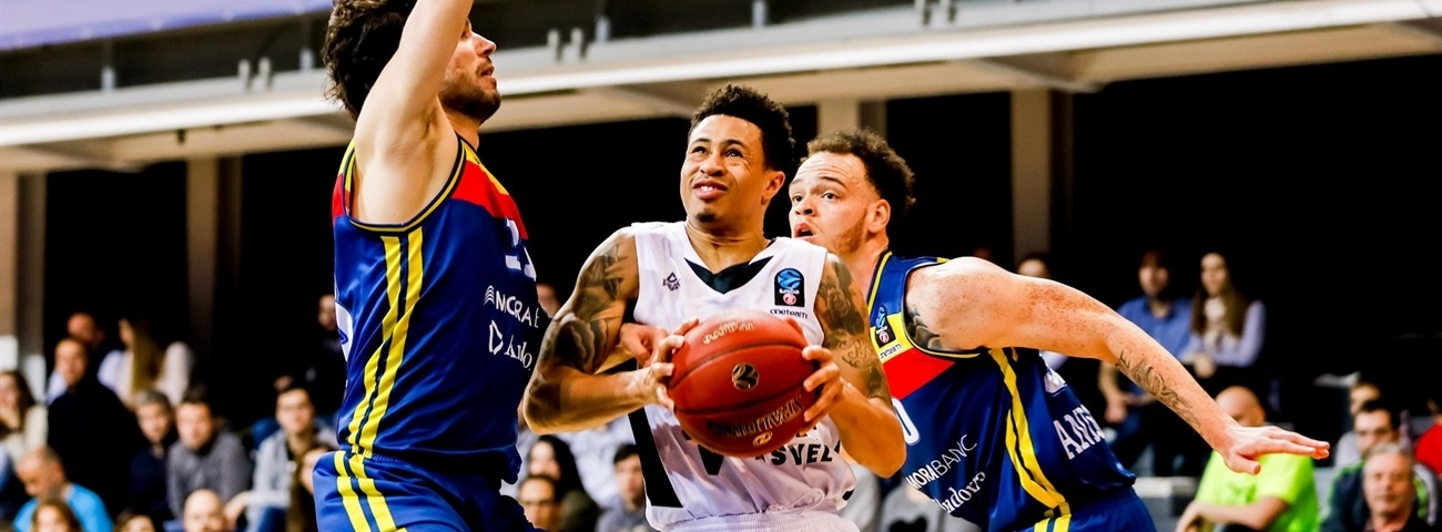 Gran Canaria, Slaughter agree on deal
