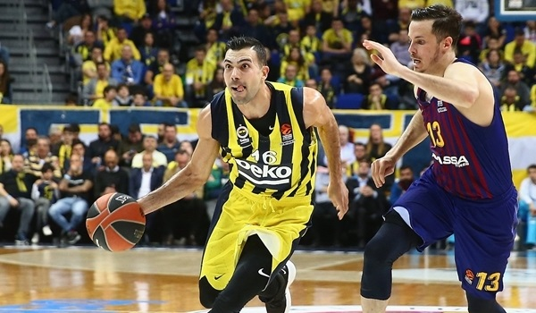 Fenerbahce does the usual in an unusual way