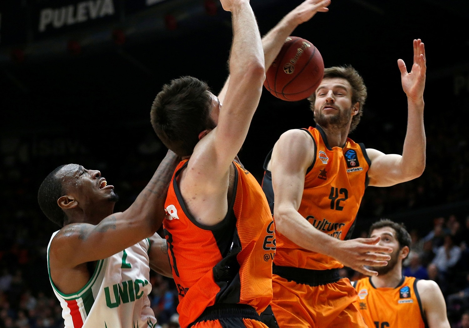 Aaron Doornekamp - Valencia Basket (photo Miguel Angel Polo - Valencia) - EC18