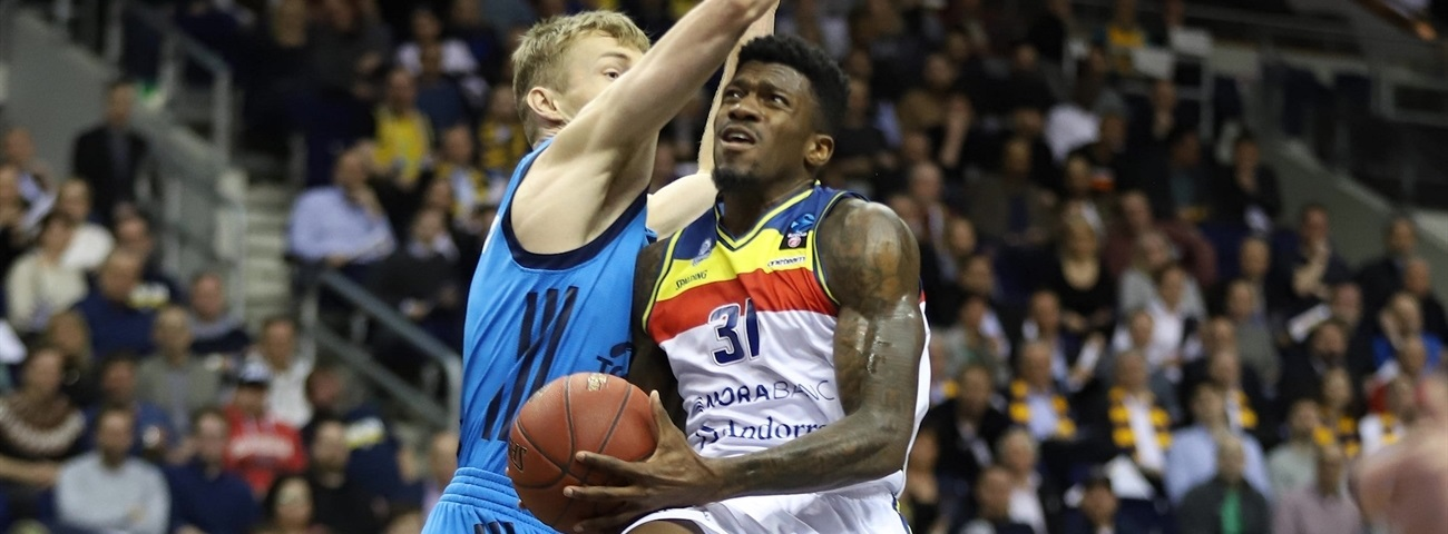 Dylan Ennis, MoraBanc: 'Make it like a dogfight'