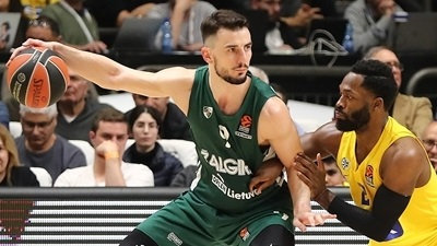 Recovered Westermann leading Zalgiris...to the playoffs?