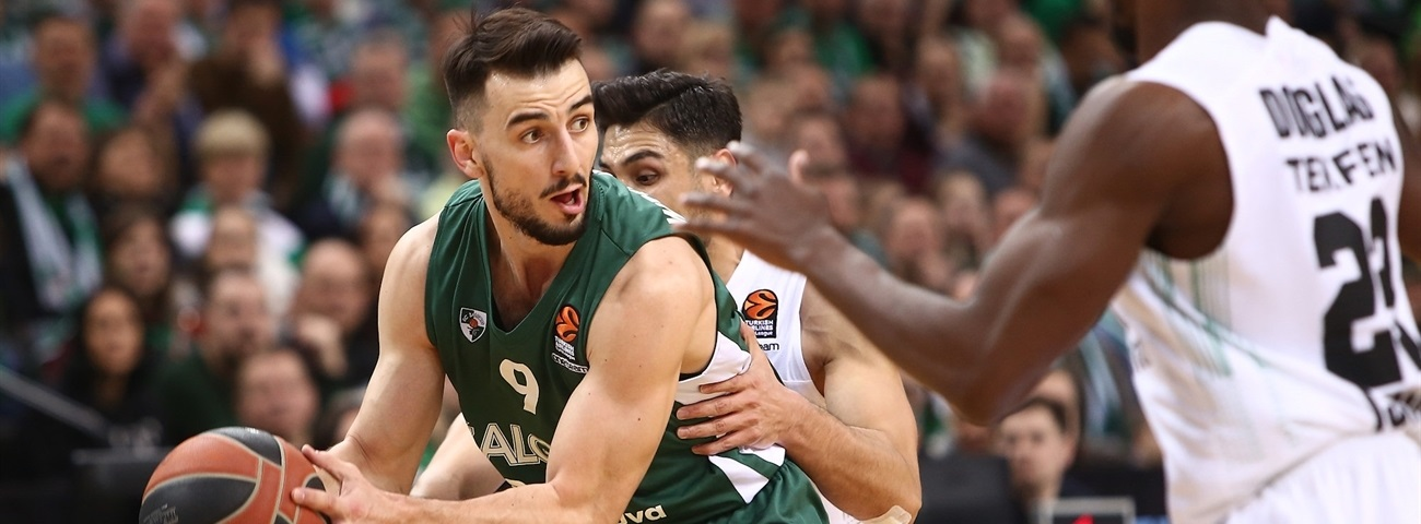 Fenerbahce acquires playmaker Westermann