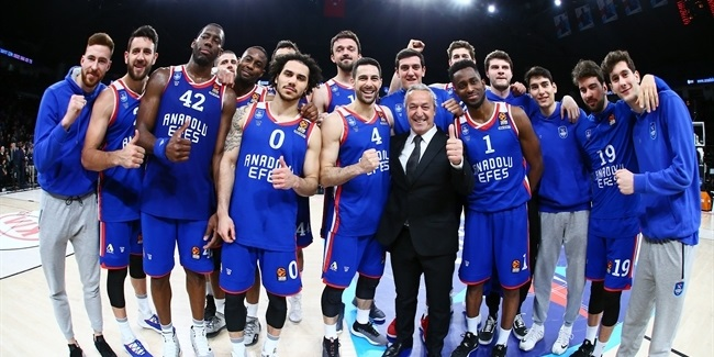 Road to the Playoffs: Anadolu Efes Istanbul