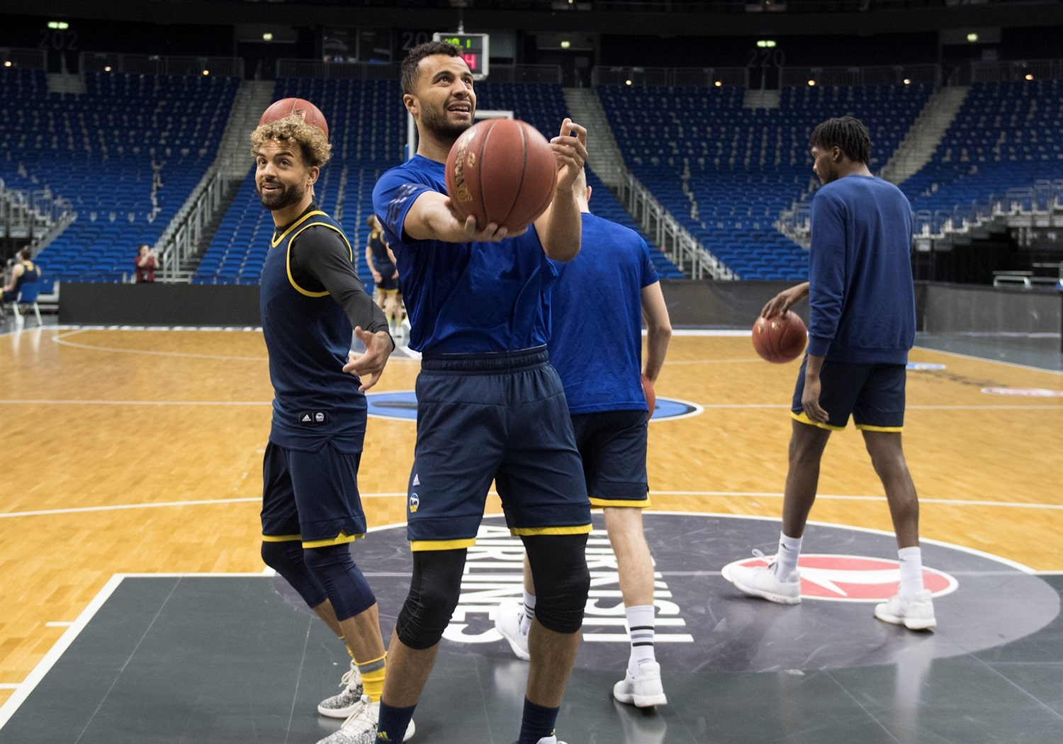 Kenneth Ogbe - ALBA Berlin practices - Finals Game 2 - EC18