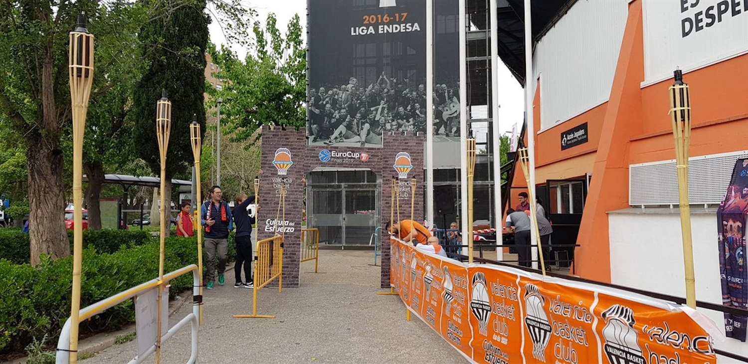 All ready in La Fonteta, Valencia Basket - EuroCup Finals Game 3 (photo Valencia Basket) - EC18