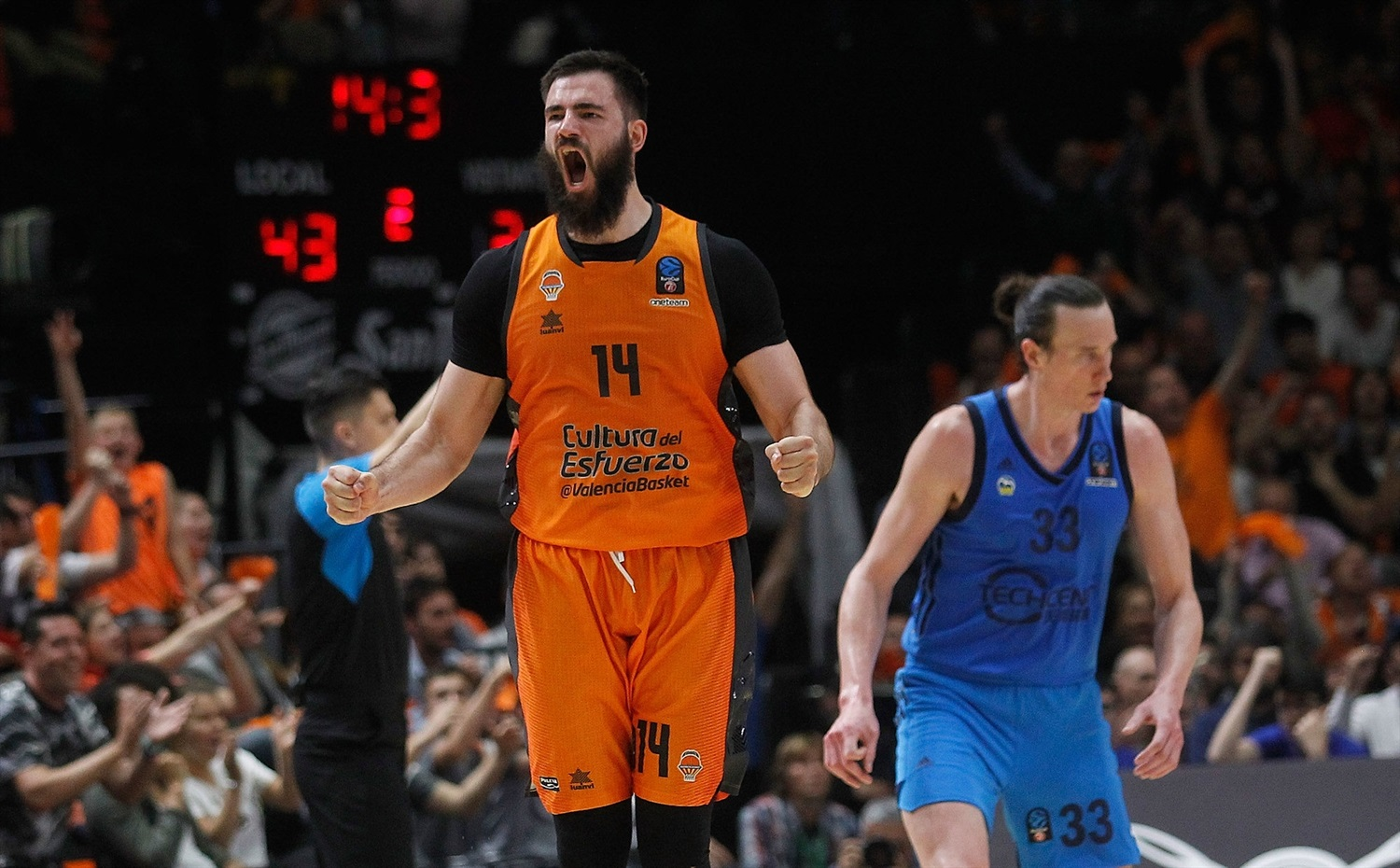 Bojan Dubljevic celebrates - Valencia Basket - EuroCup Finals Game 3 - EC18