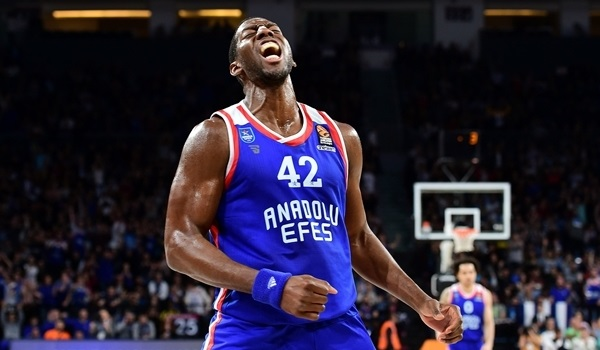 Dunston's toughness sparked Efes