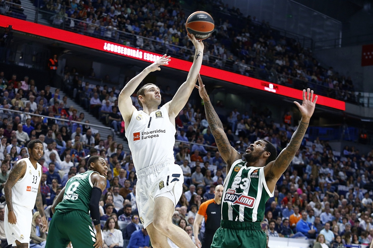 Fabien Causeur - Real Madrid - EB18