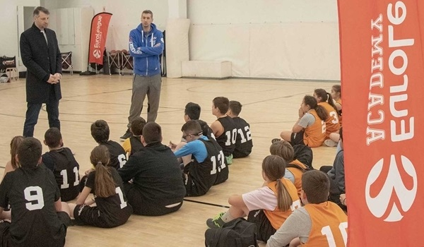 Diamantidis, Papaloukas launch EuroLeague Academy in Athens
