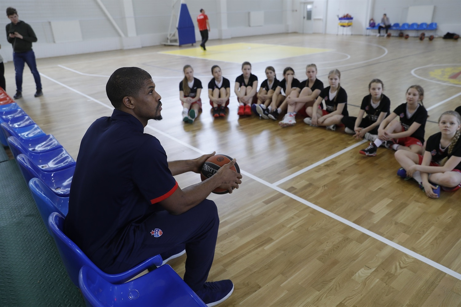 Kyle Hines - One Team session in Moscow - CSKA Mosocw (photo CSKA) - EB18
