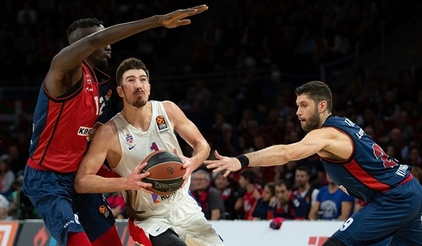 PO Game 3 report: De Colo lifts CSKA past Baskonia in Game 3
