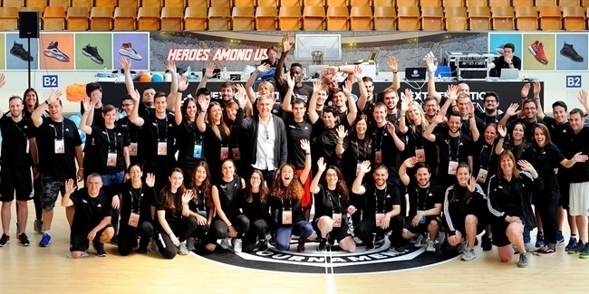 Final Four Vitoria-Gasteiz 2019: Volunteers tips off One Team activities