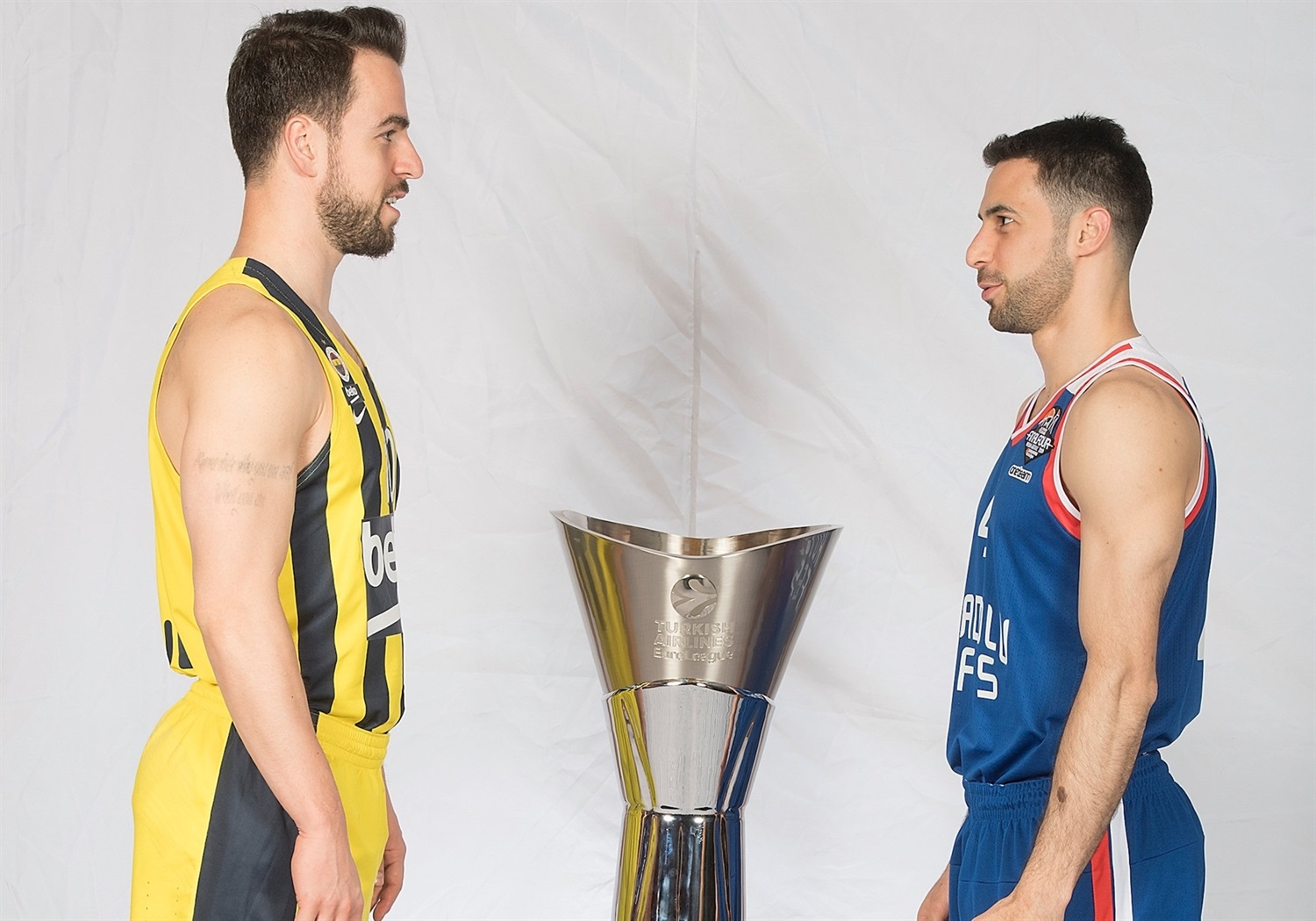 Melih Mahmutoglu and Dogus Balbay - Teams Captains Photo Session - Final Four Vitoria-Gasteiz 2019 - EB18