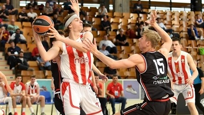 Game Center: Zvezda downs defending champs on opening day