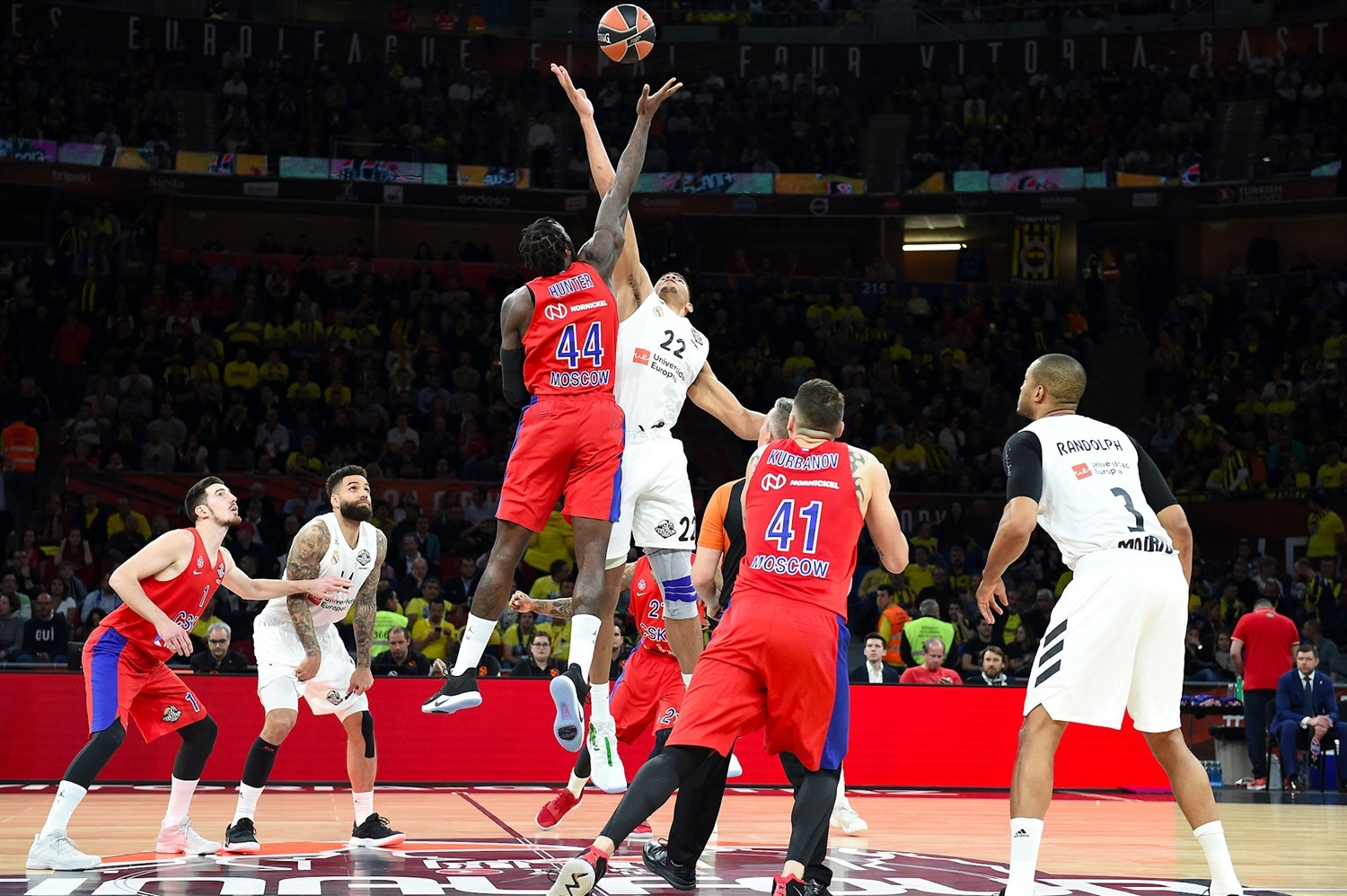 Tip-Off CSKA Moscow vs. Real Madrid - Final Four Vitoria-Gasteiz 2019 - EB18