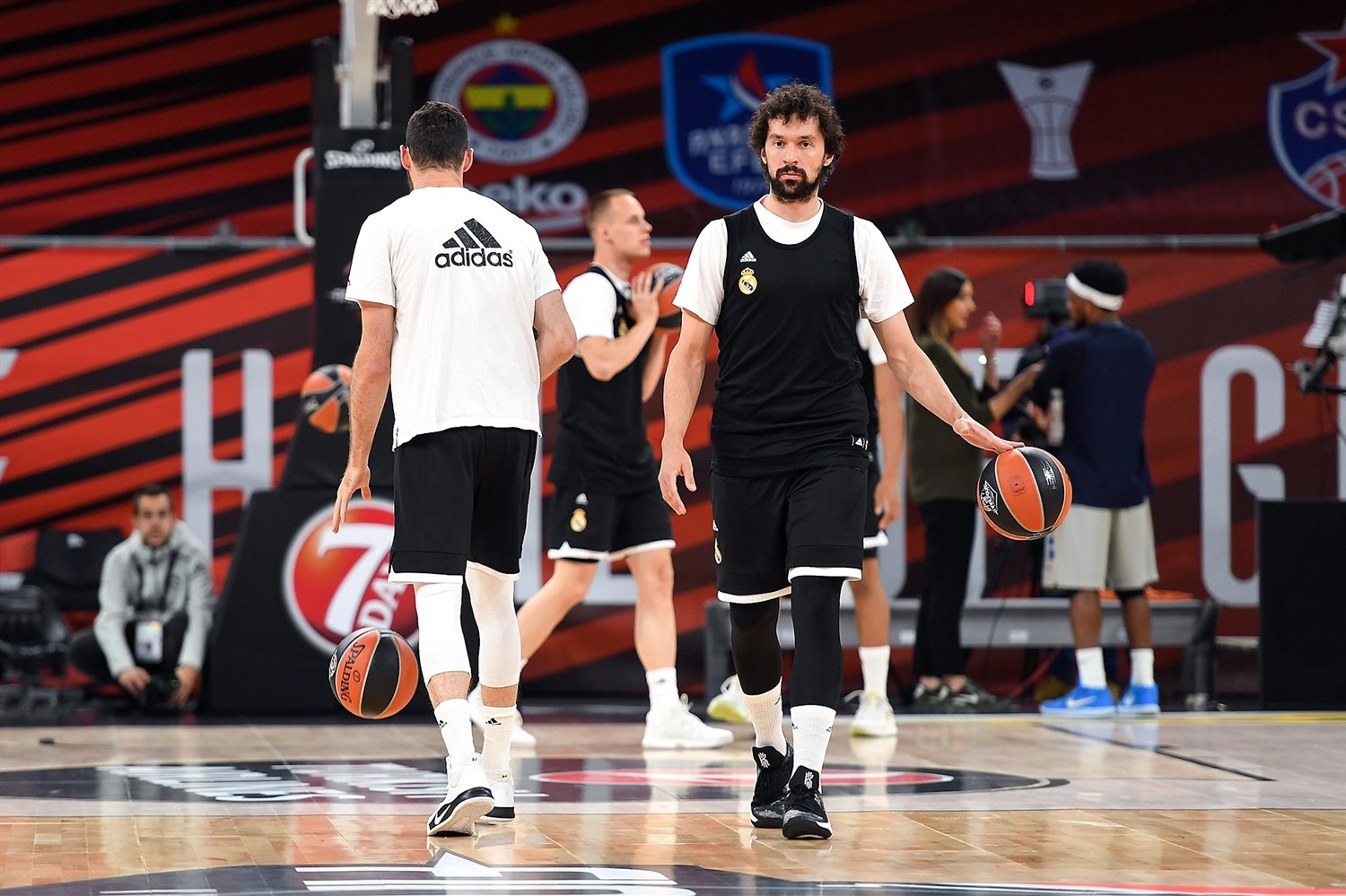 Sergio Llull - Real Madrid practices - Final Four Vitoria-Gasteiz 2019 - EB18