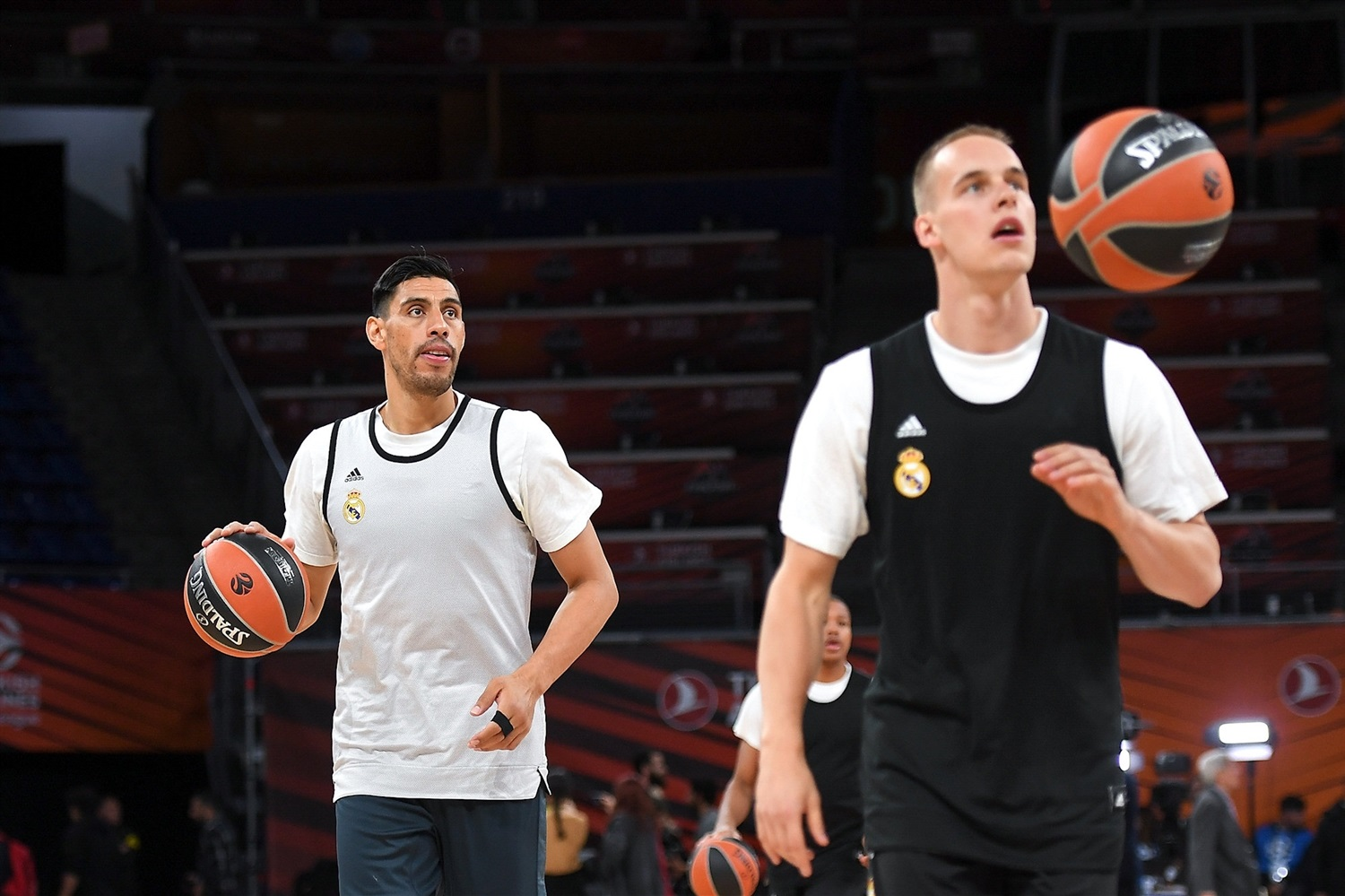 Gustavo Ayon - Real Madrid practices - Final Four Vitoria-Gasteiz 2019 - EB18