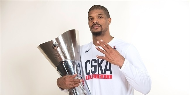 Final Four Vitoria-Gasteiz 2019 - CSKA trophy photo shoot