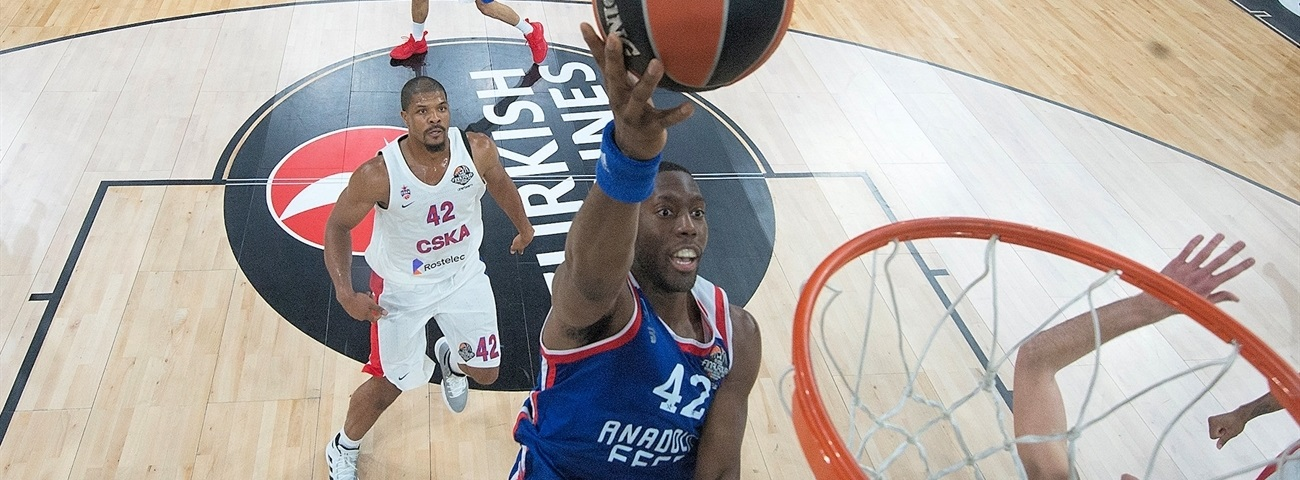 Anadolu Efes keeps Dunston, too