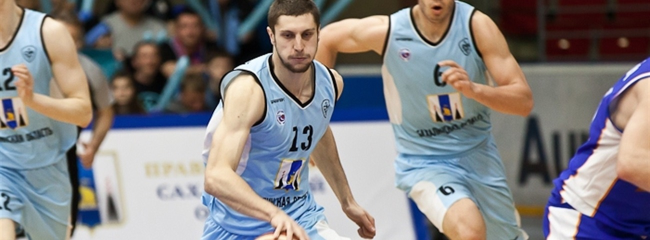 UNICS signs forward Uzinskii