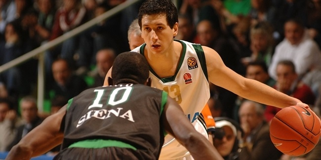 Week 3 co-MVPs: Dimitris Diamantidis,  Terence Morris