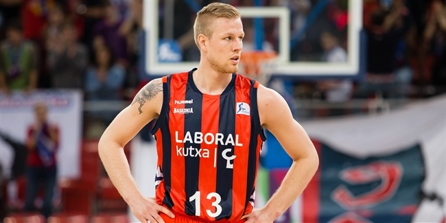 UNICS adds guard Palsson
