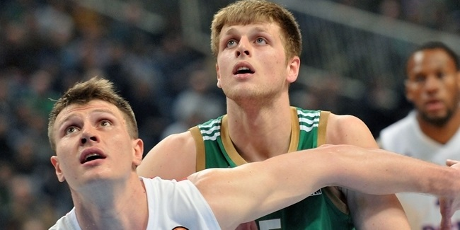 Olympiacos inks Charalampopoulos long term