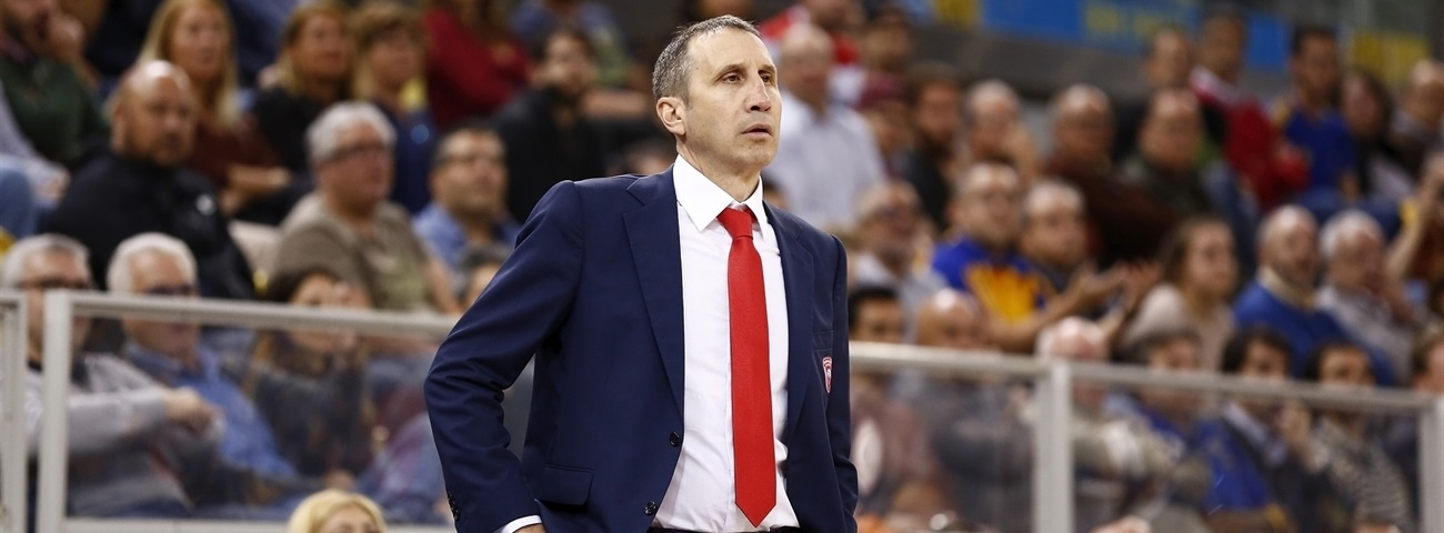 Olympiacos, Coach Blatt part ways