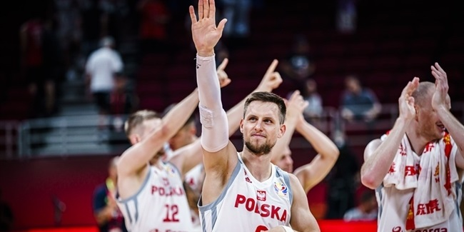 World Cup recap: Poland wins group undefeated