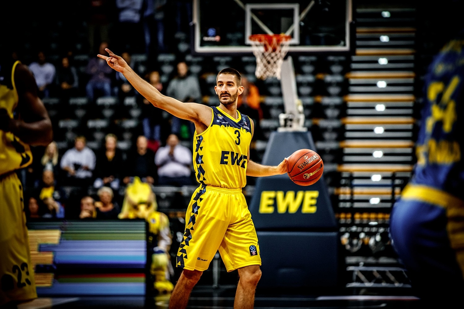 Braydon Hobbs - EWE Baskets Oldenburg (photo Ulf Duda - fotoduda.de) - EC19