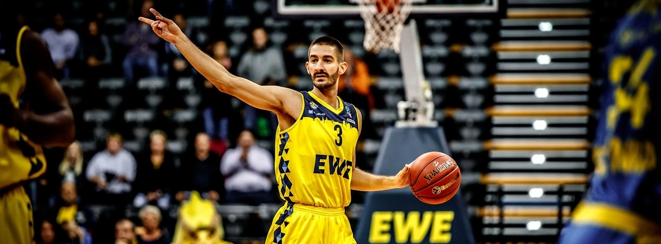 Pick-and-roll 'D' forged Oldenburg's first victory