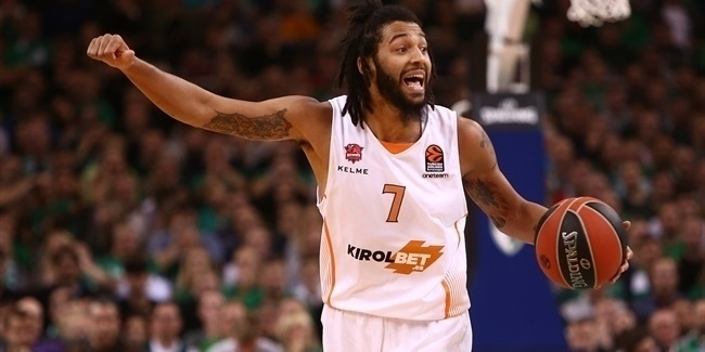 Baskonia keeps point guard Henry