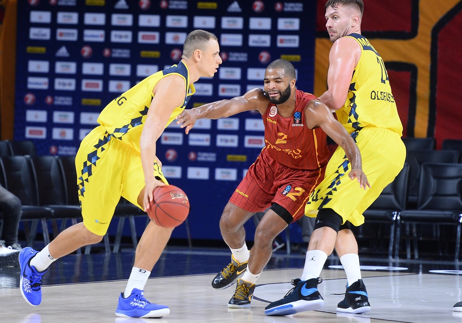 Robin Amaize - EWE Baskets Oldenburg (photo Galatasaray) - EC19