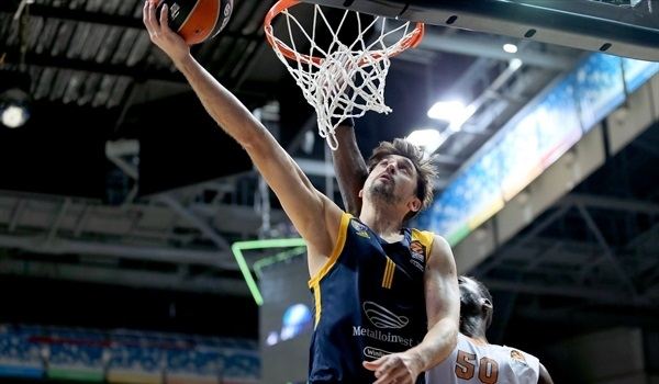 RS02 Report: Evans, Shved keep Khimki undefeated