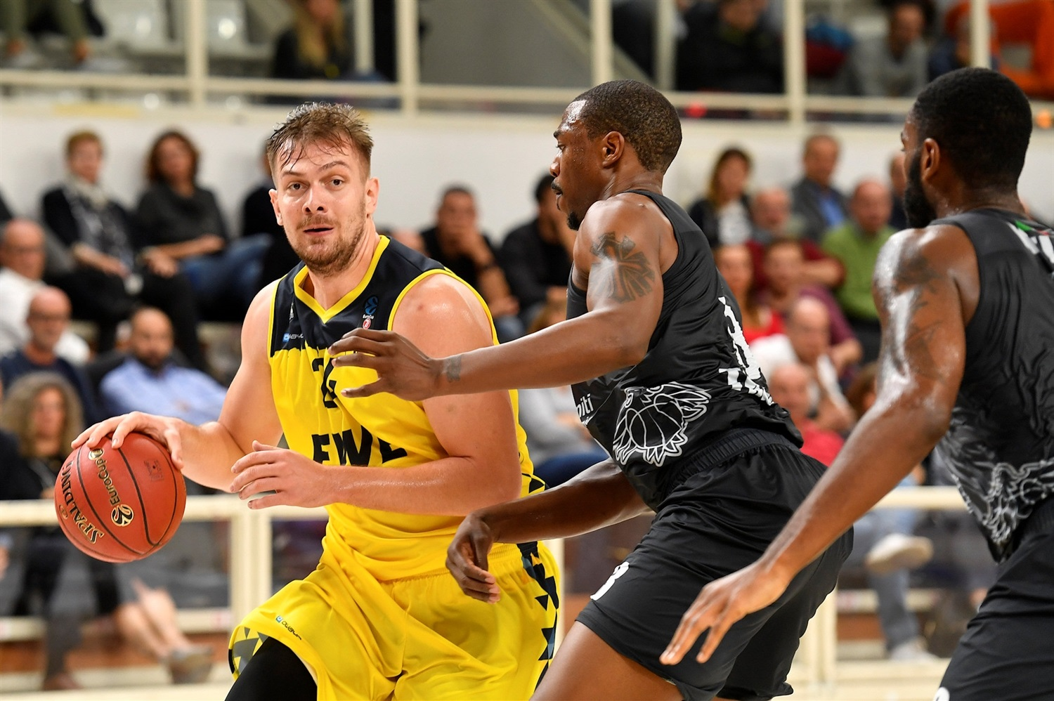 Rasid Mahalbasic - EWE Baskets Oldenburg (photo Trento) - EC19