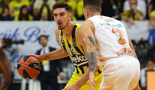 Magical De Colo flirted with scoring record