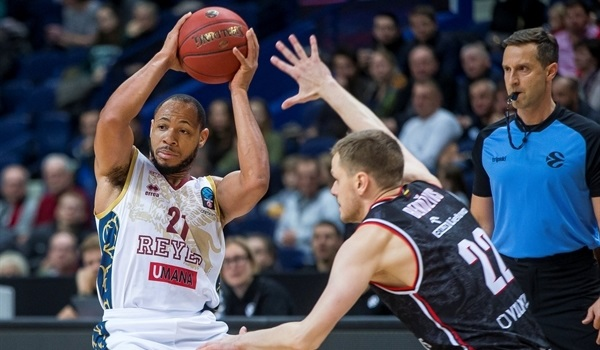 RS05 Report: First-half blitz sends Reyer past Rytas