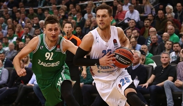 Zenit loses Ponitka for double-round