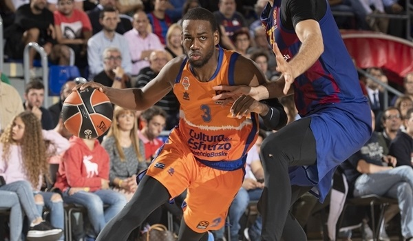 Zvezda adds scoring punch with Loyd