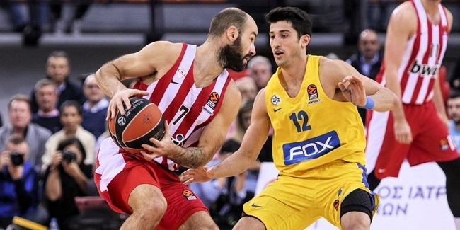 Olympiacos re-signs superstar Spanoulis