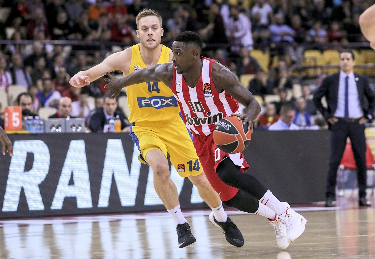 Will Cherry - Olympiacos Piraeus - EB19