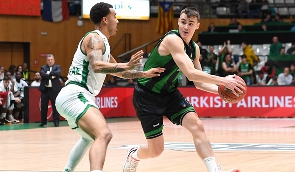 RS06 Report: Harangody's block lifts Joventut at home
