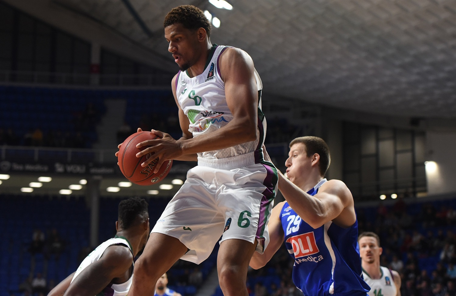 Axel Toupane - Unicaja Malaga (photo Buducnost) - EC19