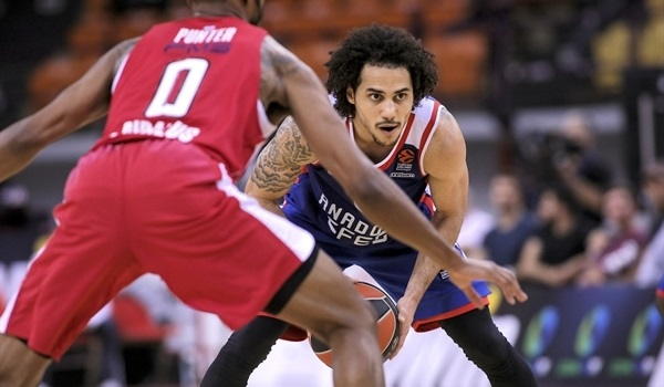 Efes and Larkin mean business... again