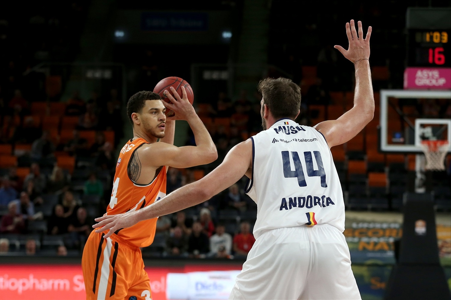 Gavin Schilling - ratiopharm Ulm (photo Ulm - Harry Langer) - EC19
