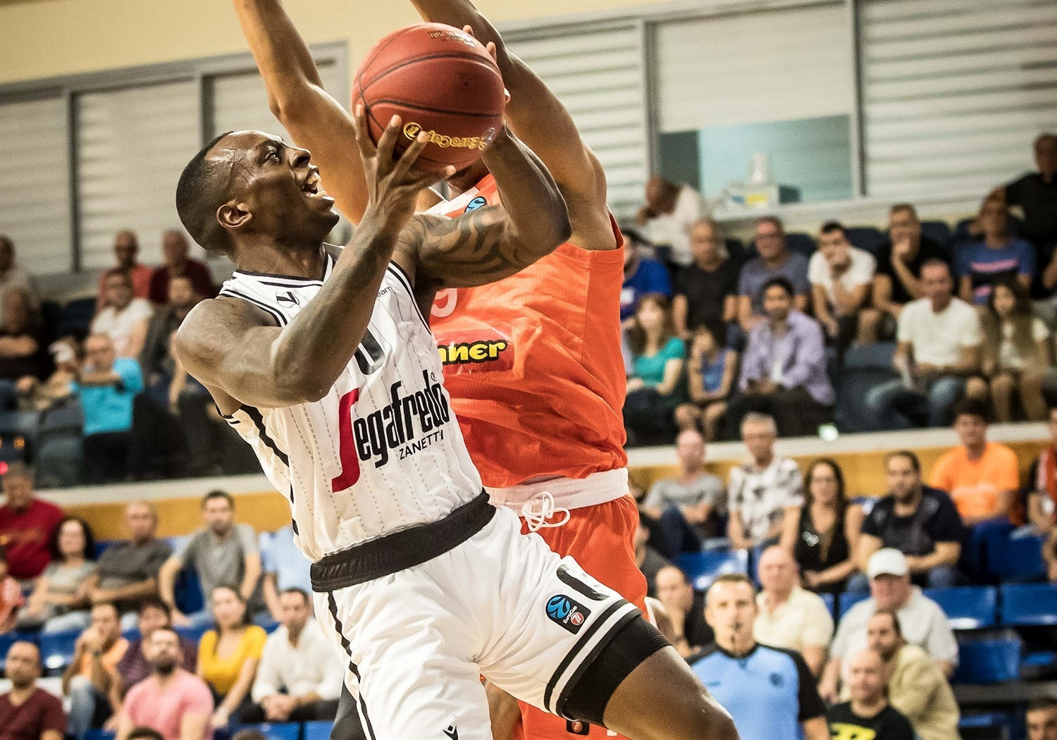 Frank Gaines - Segafredo Virtus Bologna (photo Rishon) - EC19
