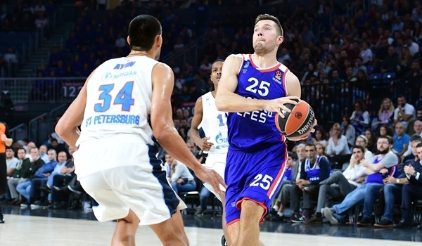 Baskonia adds forward Peters