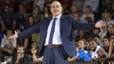 Valencia, Coach Ponsarnau agree again