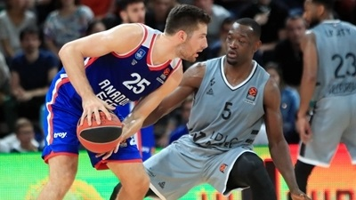 Efes's experience shined through against ASVEL