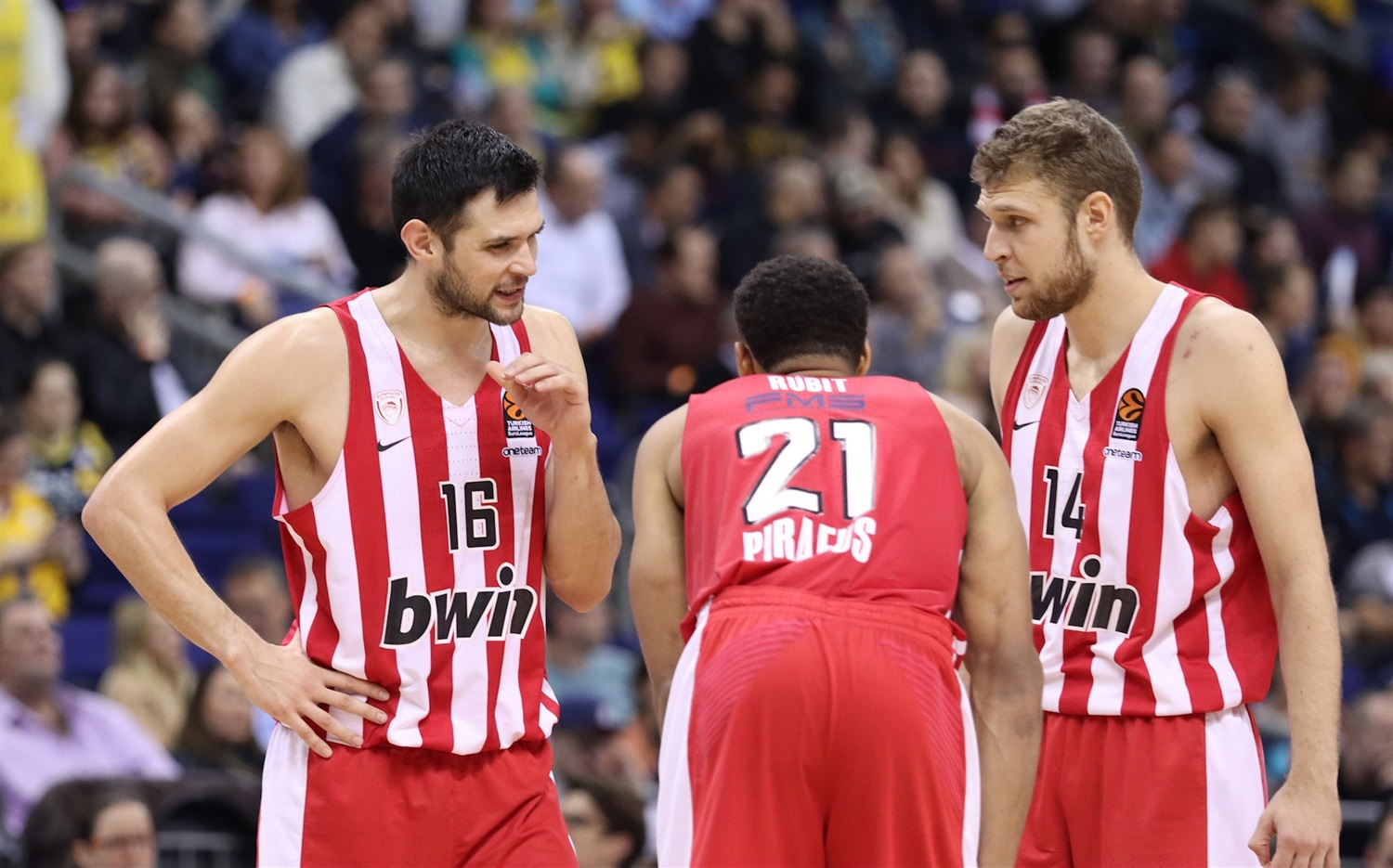 Players Olympiacos Piraeus - EB19